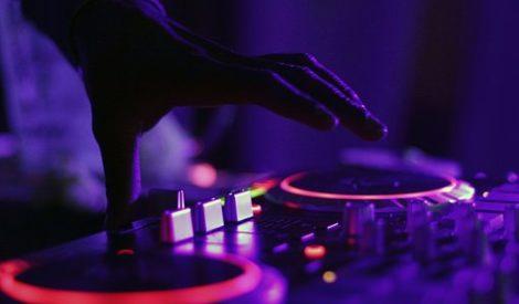 NIGHT DJ party